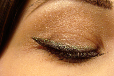 Beauty Box 5: Cruelty Free Glitter Liner | Style Through Her Eyes