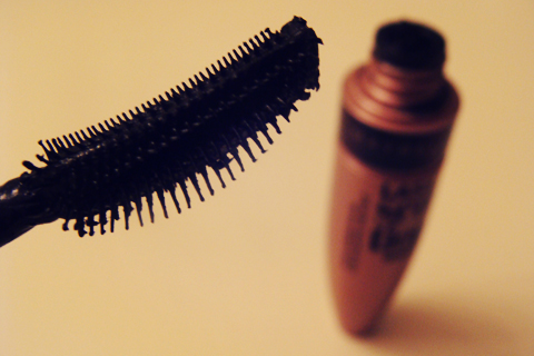 Maybelline Lash Sensational Review | Style Through Her Eyes